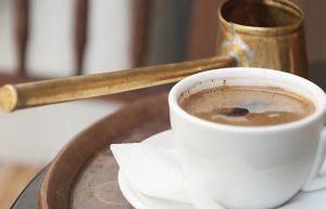 lång livslängd är kopplad till grekiskt kaffe.